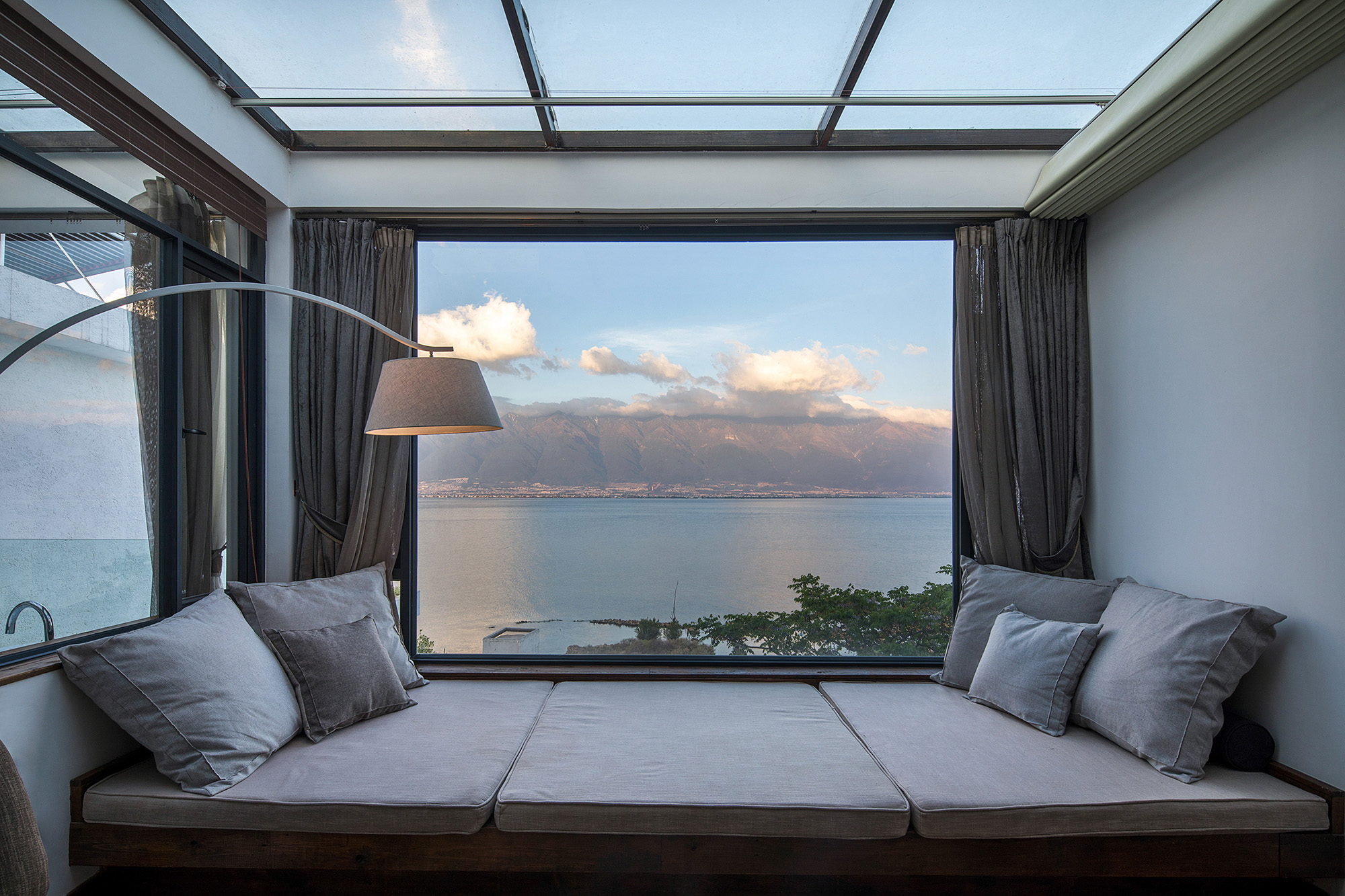 09 客房601或701 窗与框景(存在建筑—建筑摄影)